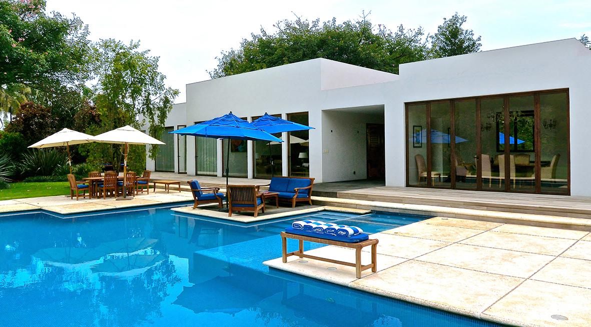 Real estate login for Casa de campo con piscina