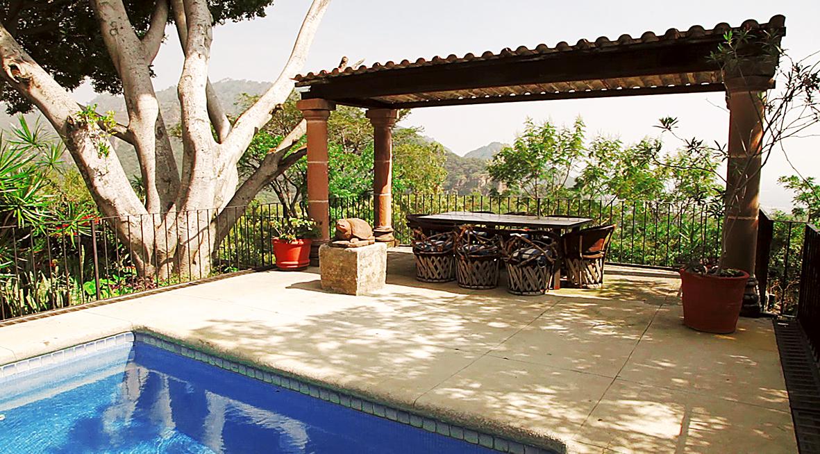Hacienda mexicana casas tepoztl n bienes ra ces for Casa y jardin mexico