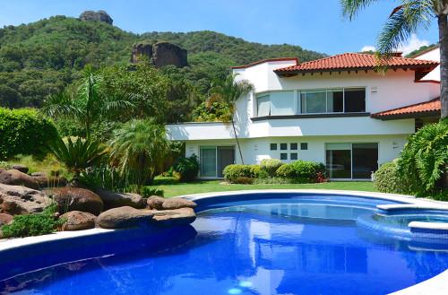 Venta archivos casas tepoztl n bienes ra ces venta for Casas grandes con piscina y jardin