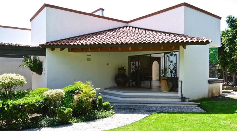 Casa mediterranea casas tepoztl n bienes ra ces - Jardines de casas de lujo ...