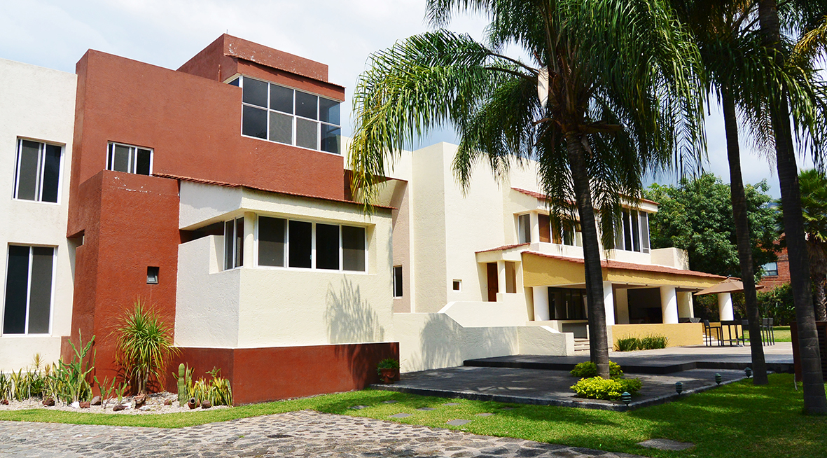 Residencia de lujo con alberca en renta para vacaciones for Villas de lujo para alquilar en vacaciones