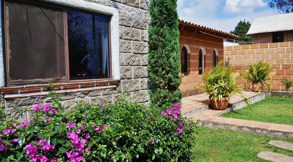 Casas similares renta campo jardin alberca morelos car for Jardin quinta real morelos