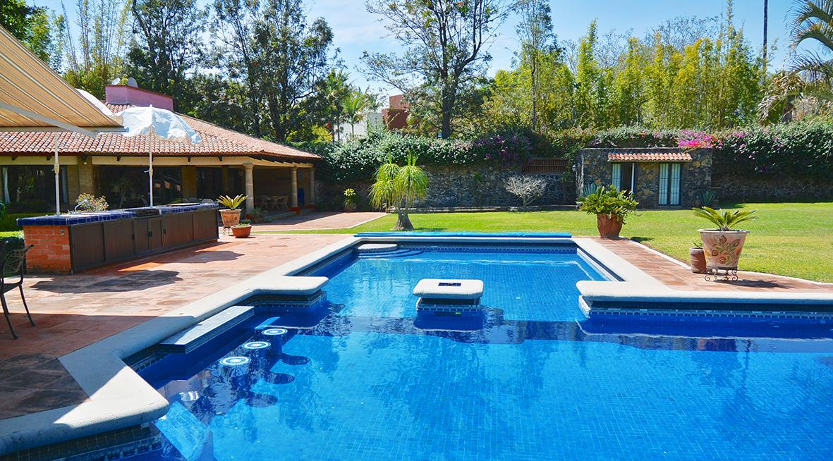Casa renta vacacional fin de semana tepoztlan lijo alberca for Casas con albercas modernas